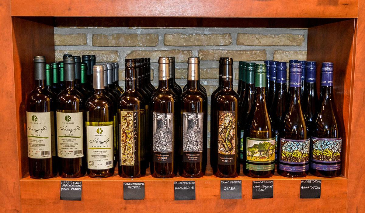 Κάβα Μουτζούρη Καλαμάτα - Επιλογή κρασιού